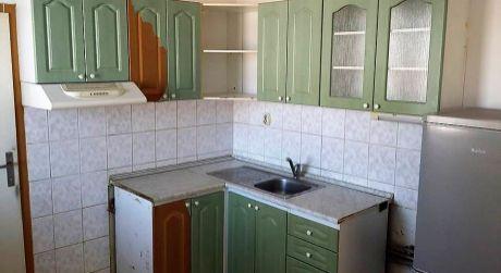 Predaj - 4 izbový byt s balkónom na VII. sídlisku v Komárne