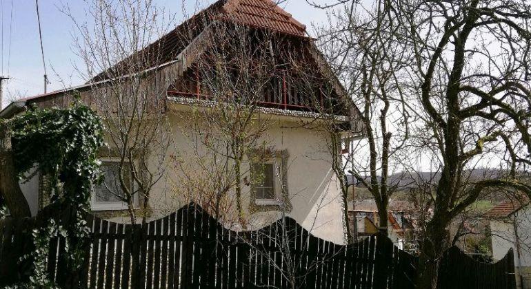 Znížená cena /Exkluzívne /Dom na predaj -Petrova Lehota