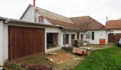 URMINCE 3 izbový rod. dom, pozemok 676 m2, okr. Topoľčany