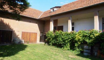 MARTIN 3 izbový dom na bývanie a podnikanie na poz. 3219m2, Priekopa