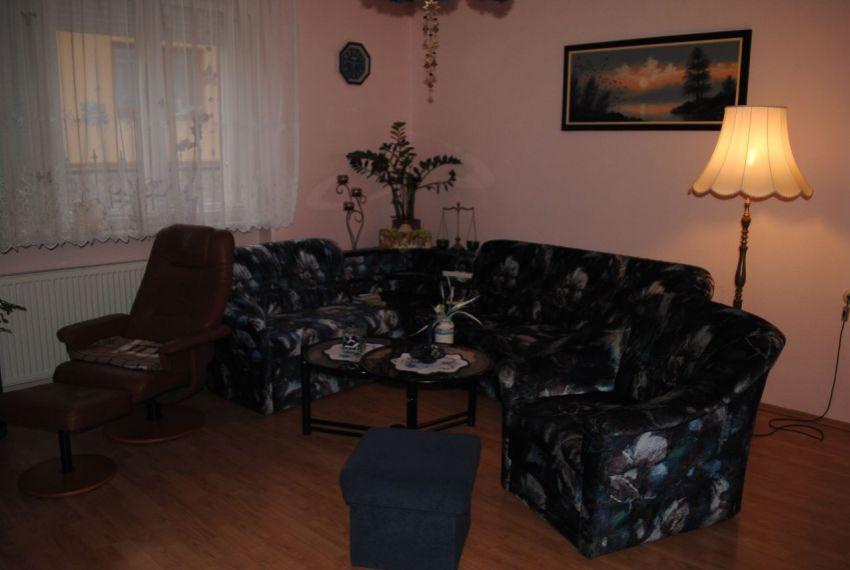 Predaj Rodinné domy Šahy-5