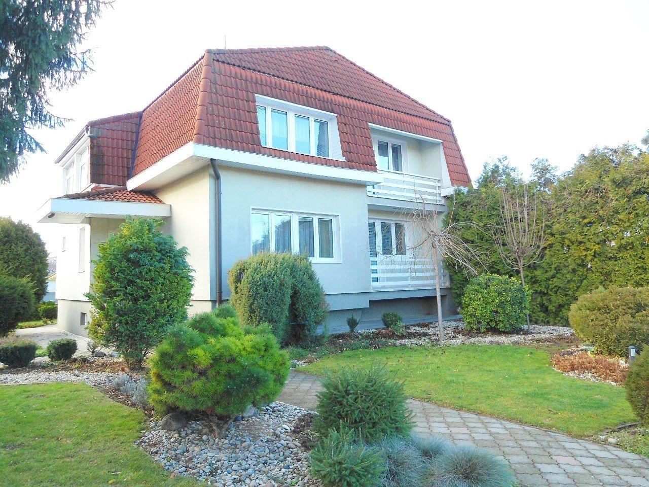 Rodinný dom-Predaj-Lužianky-225 000 €