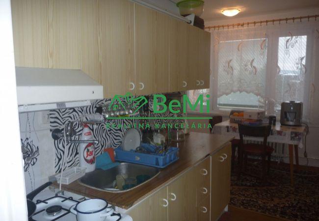 Na prenájom: 2-izbový zariadený byt- Banská Bystrica-Fončorda (163-212-BB)