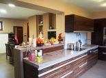 Predaj 3 izb. jednopodlažný RD + wellnes dom + prístrešok pre dve autá + murovaná pec + jazierko na 8,81á pozemku v Dolnom Bare