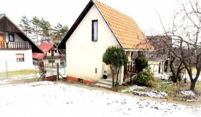 Príjemná murovaná chata so záhradou na predaj, Baška