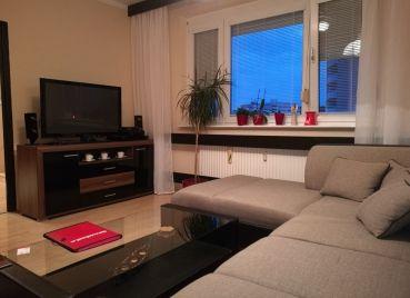 EXKLUZÍVNE na predaj zariadený 2-izb byt po kompletnej rekonštrukcii s parkovaním