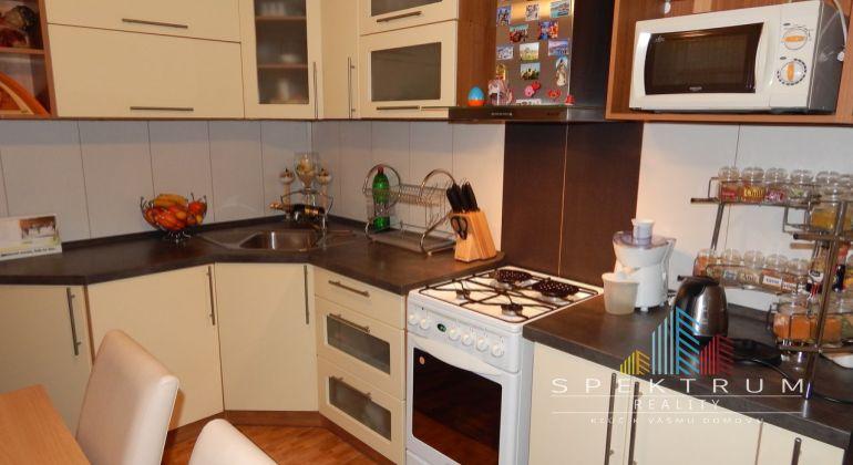 REZERVOVANE--Exluzívne- Na predaj 3 izbový byt, 71 m2, Prievidza, Zápotôčky