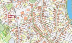 Predaj starého RD blízko centra obce Vlčany.