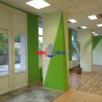 Obchodné, Bratislava-Petržalka, 335 m², Čiastočná rekonštrukcia