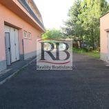 Administratívna budova s výrobou a skladom + 2i byt na predaj - Lamač