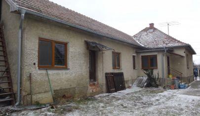 PRESEĽANY - 5 izbovy dom, pozemok 1285m2,okr. Topoľčany