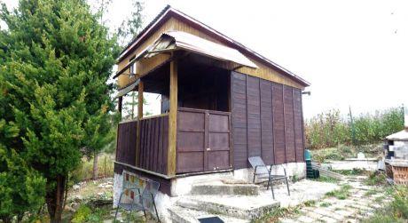 Záhradná chatka s vlastným pozemkom 307 m2, Trenčianske Teplice