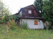 REALITY COMFORT-Na predaj starší rodinný dom zo záhradou v Abramovej.