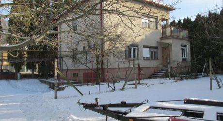 REZERVOVANÉ Rodinný dom v lukratívnej časti mesta Zlaté Moravce