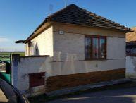REALFINANC - 100% aktuálny !!! 2 izbový Rodinný dom, 110 m2, na pozemku 759 m2, 17 km od TT, 9 km  Sered, Siladice !!!