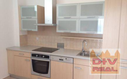 D+V real ponúka na prenájom: 3 izbový byt, Kráľovské údolie, Staré Mesto, Bratislava I,  čiastočne zariadený,  zariadený/nezariadený, garážové státie, veľká terasa