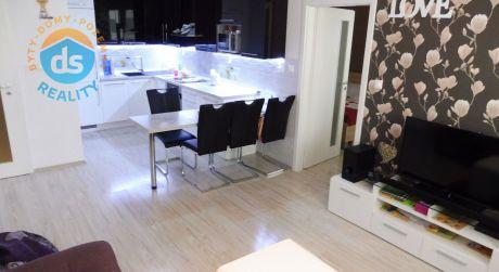 Exkluzívne na predaj nový 3 izbový byt s balkónom, 68 m2, Trenčianske Stankovce