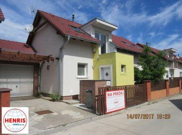 Ponúkame Vám na predaj exkluzívnu novostavbu rodinného domu, 160m2 + garáž + samostatný dvor