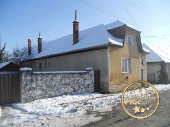 PREDANÉ !!! Chalúpka s pozemkom 1183m2 v obci D.Motešice pri Tr.Tepliciach