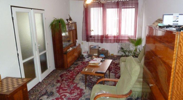Predaj 2 izbový byt Lovinobaňa