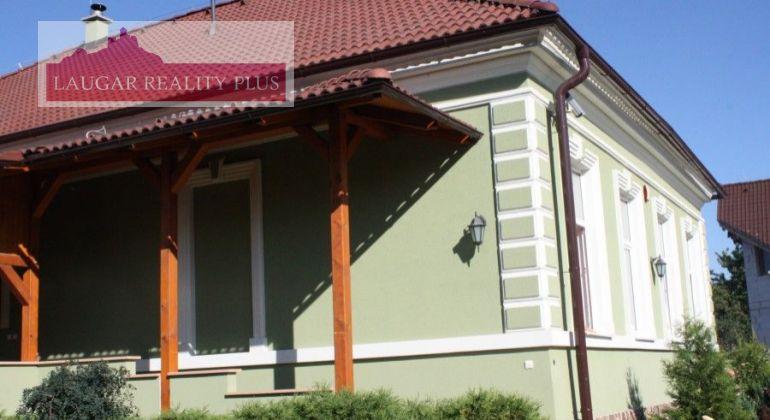 Trenčianske Stankovce - Predaj luxusného domu