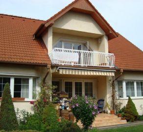 StarBrokers - Prenájom - Luxusný 4-izbový RD v Jarovciach / Renting - Luxurious 4- bedroom house in Jarovce