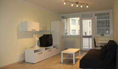 PRENAJATÉ: moderný 1- izbový byt, výborná poloha v centre, Bratislava - Medená ulica