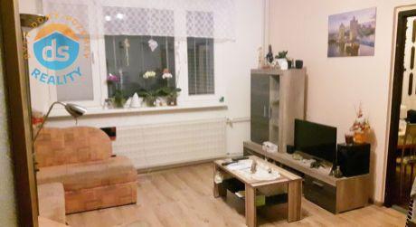 Na predaj veľký 1 izbový byt s balkónom, 36 m2, Dubnica nad Váhom, Pod hájom