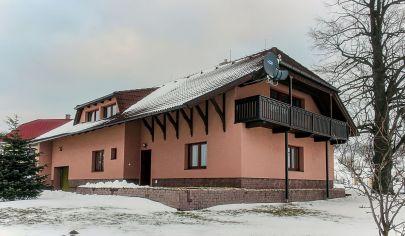 KUNEŠOV - Rodinná vila, okr. Žiar n.Hronom, 5i, pozemok 960m2 s jazierkom