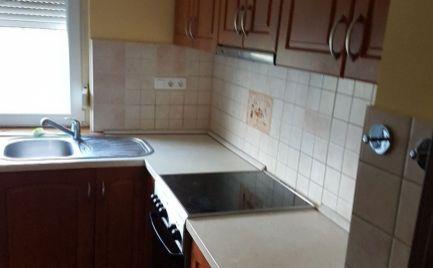 2-izb.byt v Maďarskej Rajke za výbornú cenu.