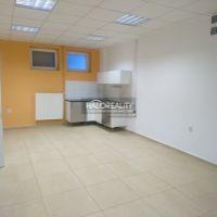 Garsónka, Sereď, 25 m², Kompletná rekonštrukcia