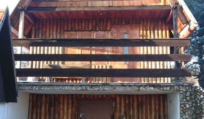 Velčice, chata, pozemok 580 m2, okr. Zlaté Moravce