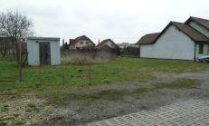 POZEMOK v tichej lokalite Košice-Barca na výstavbu RODINNĚHO DOMU. Plocha pozemku je 921m2.