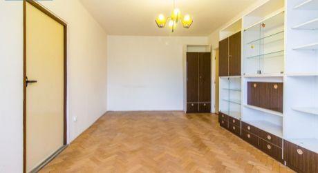 3 izbový byt (64,6m2) s balkónom – Polík
