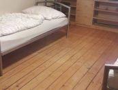 Na prenájom veľký 3-izbový byt v centre Nitry