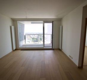 StarBrokers - Zariaďte si podľa vlastného vkusu 2-izb. byt v PANORAMA CITY, 20p./33p.