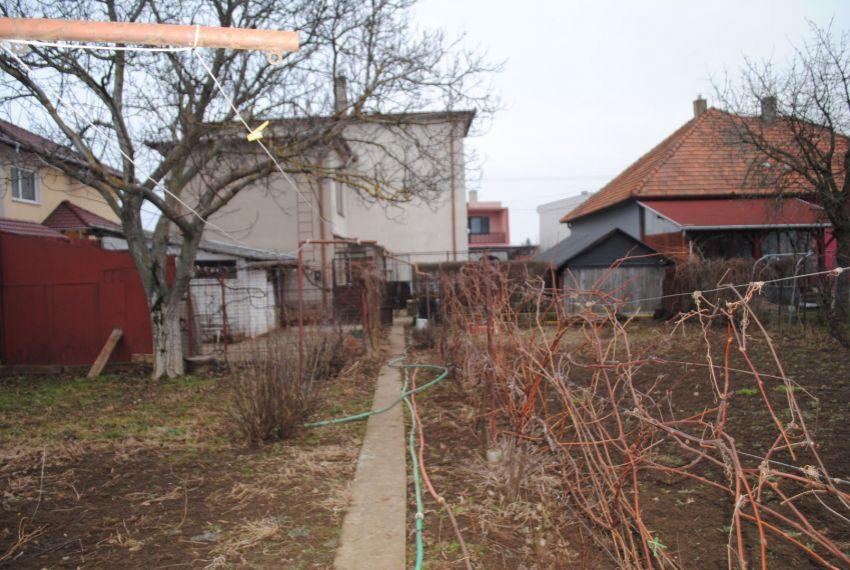 Predaj Rodinné domy Želiezovce-14