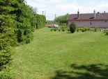 REZERVOVANÉ Stavebný pozemok so záhradnou chatkou Martin-Benice