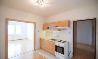 Slnečný 3 izbový byt na predaj  - Liptovský Mikuláš, ulica 1. Mája