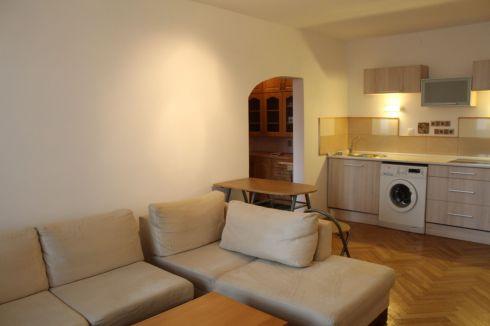 2 - izbový byt - širšie centrum