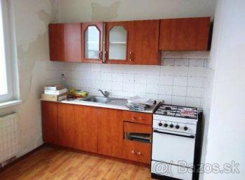 4-i byt,82 m2 LOGGIA, pôvodný stav-príjemná LOKALITA