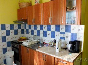 3-izbový byt,58 m2, rekonštrukcia, TICHÁ LOKALITA