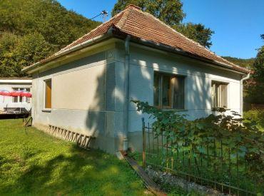 Dom na rekonštrukciu a bývanie  Stará Lehota