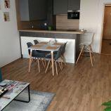 Slnečný 3-izb byt v novostavbe s garážovým státím v Ružinove, Mierová