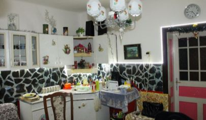 NITRIANSKA BLATINICA 4 izb dom, pozemok výmera 516 m2, okr. Topoľčany