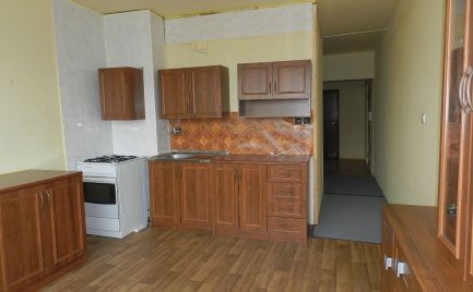 Trojizbový byt s dvoma lodžiami, Žiar nad Hronom, Etapa, 75 m2
