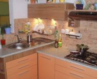 Predaj, priestranný, zrekonštruovaný 1 izbový byt, Kováčová