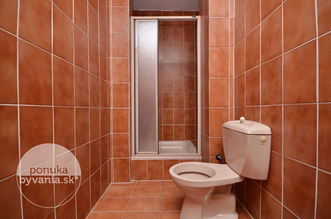 ponukabyvania.sk_Detvianska_Rodinná-vila_BARTA