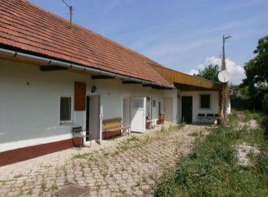 MAXFIN REAL - predaj rodinného domu aj na podniknie - Trávnica