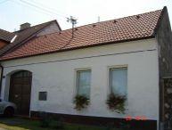 REALFINANC - EKLUZÍVNE IBA U NÁS!!! 3 izbový Rodinný Dom, po čiastočnej rekonštrukcii v obci Boleráz v tichej uličke mimo hlavnej cesty!